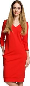 Czerwona sukienka Made Of Emotion z dekoltem w kształcie litery v z długim rękawem