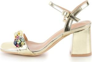 Sandały Prima Moda na średnim obcasie na obcasie