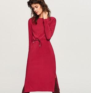 Czerwona sukienka Reserved z długim rękawem