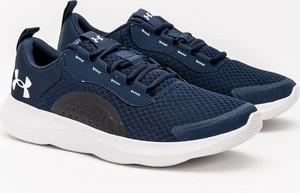 Granatowe buty sportowe Under Armour w sportowym stylu