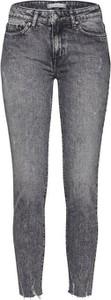 Jeansy Tommy Hilfiger z jeansu w street stylu