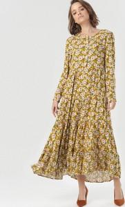 Sukienka born2be maxi z okrągłym dekoltem w stylu boho