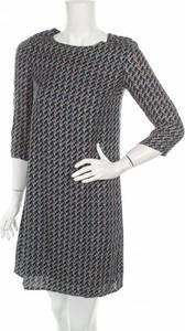 Sukienka More & More prosta z okrągłym dekoltem z długim rękawem