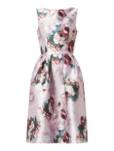 Sukienka Chi Chi London rozkloszowana mini bez rękawów