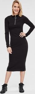 Czarna sukienka Diverse w stylu casual z dzianiny z długim rękawem