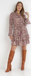 Brązowa sukienka born2be z długim rękawem mini