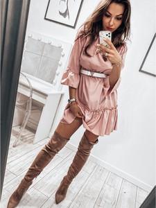 Różowa sukienka magmac.pl trapezowa z długim rękawem