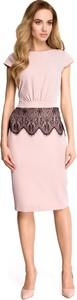 Różowa sukienka Stylove z krótkim rękawem z okrągłym dekoltem ołówkowa