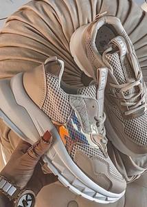 Buty sportowe Fason sznurowane