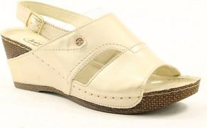 Sandały Helios z klamrami w stylu casual