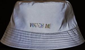 Srebrna czapka Cropp