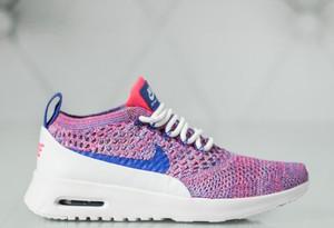 Buty sportowe Nike z płaską podeszwą air max thea