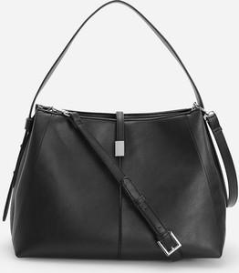 Czarna torebka Reserved na ramię