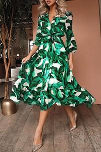 Sukienka IVET z dekoltem w kształcie litery v z długim rękawem trapezowa