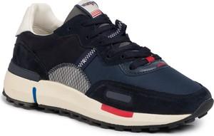 Granatowe buty sportowe Wrangler z zamszu sznurowane