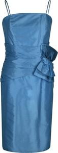 Niebieska sukienka Fokus ołówkowa z okrągłym dekoltem