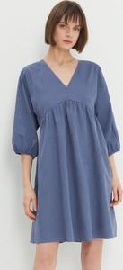 Niebieska sukienka House trapezowa mini z długim rękawem