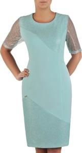 Niebieska sukienka POLSKA z krótkim rękawem midi z okrągłym dekoltem