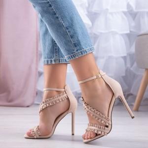 Różowe sandały Royalfashion.pl na wysokim obcasie