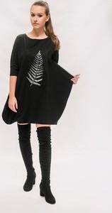 Czarna sukienka Ququ design z długim rękawem