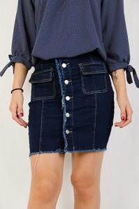 Granatowa spódnica Olika z jeansu w street stylu