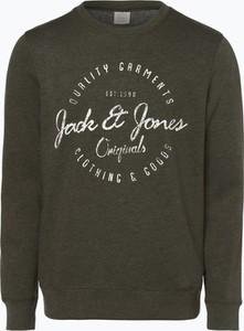 Zielona bluza Jack & Jones w młodzieżowym stylu