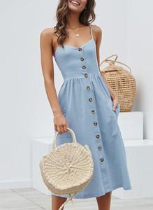 Niebieska sukienka Sandbella w stylu boho mini na ramiączkach