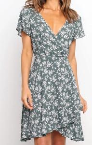 Sukienka Sandbella z krótkim rękawem mini z dekoltem w kształcie litery v