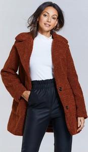 Brązowy płaszcz Michelle Keegan w stylu casual