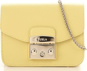 Żółta torebka Furla na ramię mała