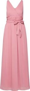 Różowa sukienka Vero Moda maxi