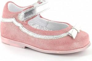 Różowe balerinki Wojas na rzepy