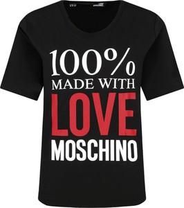 Czarny t-shirt Love Moschino w młodzieżowym stylu z krótkim rękawem