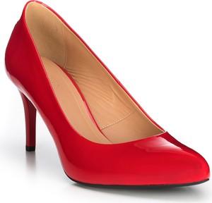 Czerwone szpilki Wittchen na wysokim obcasie w stylu glamour ze skóry