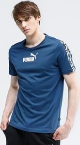 Granatowy t-shirt Puma w sportowym stylu