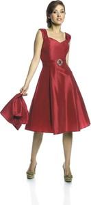 Czerwona sukienka Fokus z rubinem midi rozkloszowana