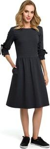 Sukienka Merg w stylu casual midi z długim rękawem