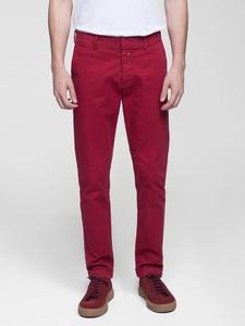 Czerwone spodnie Vistula