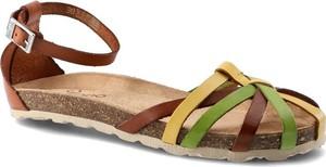 Brązowe sandały Yokono z klamrami