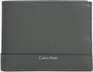 4d6072184fbff Portfele męskie Calvin Klein wyprzedaż, kolekcja wiosna 2019
