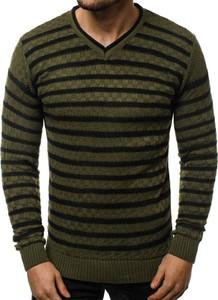 Zielony sweter ozonee.pl w młodzieżowym stylu