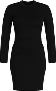 Czarna sukienka Calvin Klein z okrągłym dekoltem w stylu casual mini