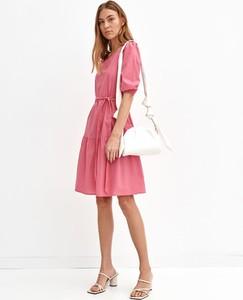 Różowa sukienka Top Secret z dekoltem w kształcie litery v z długim rękawem mini