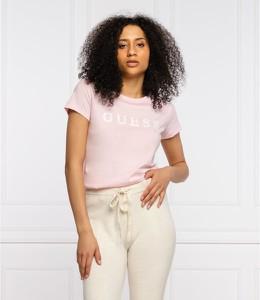 Różowy t-shirt Guess z krótkim rękawem