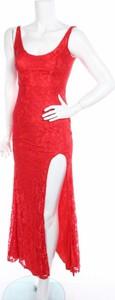 Czerwona sukienka Cbr z okrągłym dekoltem prosta na ramiączkach