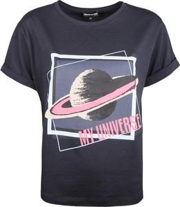 Granatowy t-shirt Emporio Armani z nadrukiem