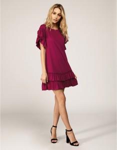 Różowa sukienka fADD z krótkim rękawem mini z dekoltem w łódkę