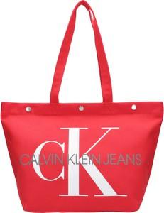 Czerwona torebka Calvin Klein na ramię duża