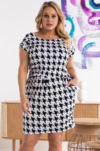 Sukienka KARKO prosta mini w stylu casual
