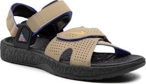 Buty letnie męskie Nike na rzepy